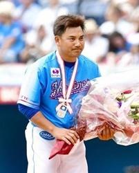 ロッテ井口資仁今季限りで現役引退!2010年日本一に貢献!